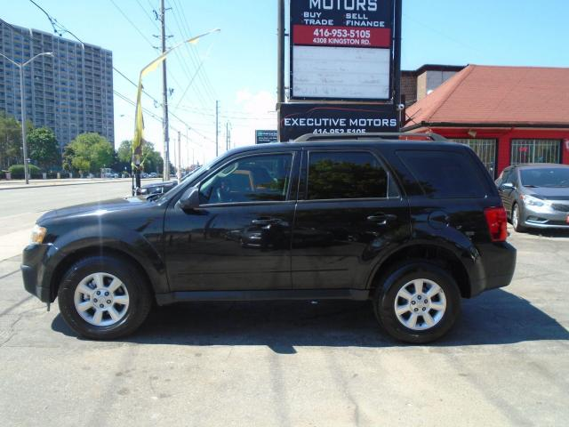 2011 Mazda Tribute GX/ ONE OWNER / FUEL SAVER / LOW KM / NO ACCIDENT