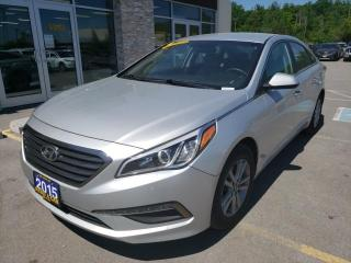 Used 2015 Hyundai Sonata 2.4L GL Backup Cam Keyless Entry Heated Seats for sale in Trenton, ON