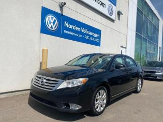 Used 2011 Toyota Avalon XLS - SUNROOOF / LEATHER / LOADED for sale in Edmonton, AB