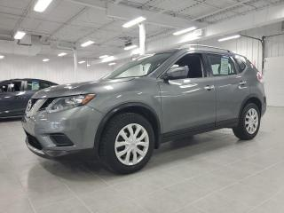 Used 2016 Nissan Rogue S for sale in St-Eustache, QC
