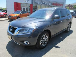 Used 2014 Nissan Pathfinder for sale in Peterborough, ON