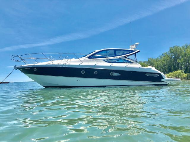 2008 Sea Ray Sundancer CRANCHI 43 hard top