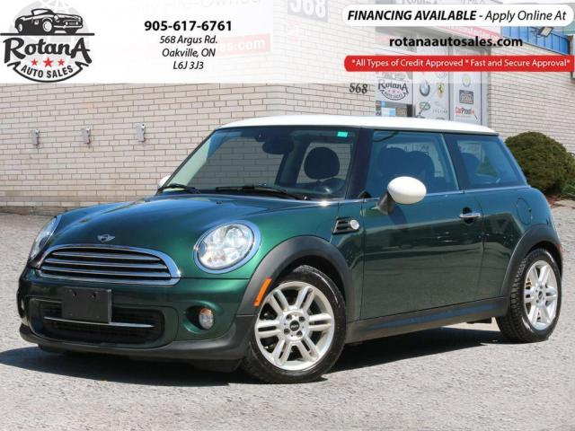 2013 MINI Cooper w/NAVIGATION/SUNROOF/ACCIDENT FREE