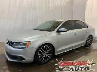 Used 2014 Volkswagen Jetta Highline Cuir Toit Ouvrant A/C MAGS *Bas Kilométrage* for sale in Trois-Rivières, QC