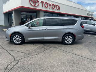 Used 2017 Chrysler Pacifica Touring-L for sale in Cambridge, ON