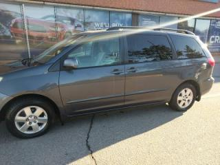 Used 2007 Toyota Sienna LE for sale in Mississauga, ON