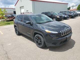 Used 2015 Jeep Cherokee FWD, Sport, Remote Start, 17 Black Alloys for sale in Ingersoll, ON