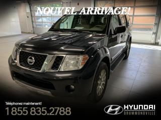 Used 2011 Nissan Pathfinder LE AWD + GARANTIE + CUIR + TOIT + WOW! for sale in Drummondville, QC