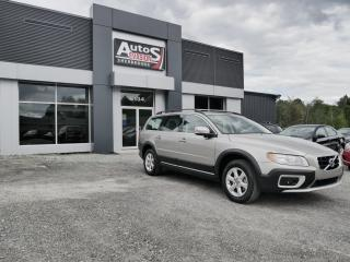 Used 2011 Volvo XC70 TRACTION AVANT + INSPECTÉ for sale in Sherbrooke, QC