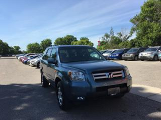Used 2008 Honda Pilot SE , DVD, Sunroof! Interior like new condition. for sale in London, ON