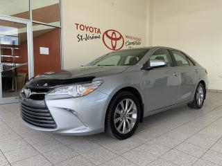 Used 2016 Toyota Camry * XLE * CUIR * TOIT * GPS * MAGS * BLUETOOTH * for sale in Mirabel, QC