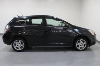 Used 2010 Pontiac Vibe 4D Hatchback AWD for sale in Mississauga, ON