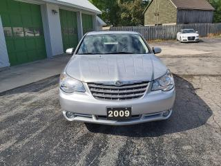 Used 2009 Chrysler Sebring Touring for sale in Lucan, ON