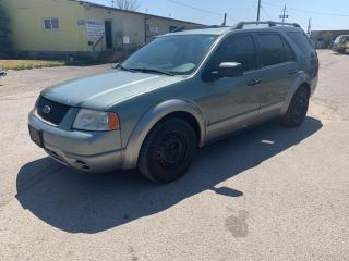 Used 2005 Ford Freestyle SE,LOW KM's,A/C Cold,7 Passg,SOLD AS IS for sale in Ajax, ON