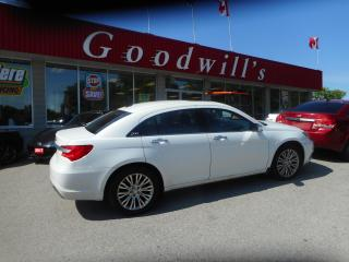 Used 2013 Chrysler 200 LTD! HEATED LEATHER! SUNROOF! REMOTE START! B/T! for sale in Aylmer, ON