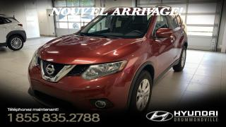Used 2014 Nissan Rogue SV AWD + GARANTIE + TOIT PANO + MAGS + W for sale in Drummondville, QC
