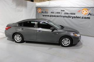 Used 2016 Nissan Altima 2.5 SL Tech for sale in Peace River, AB