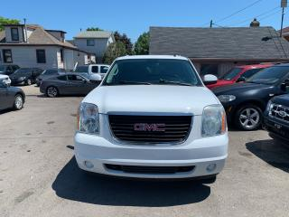 Used 2011 GMC Yukon XL **SLT w/1SD**SUNROOF**LEATHER SEATS**4x4** for sale in Hamilton, ON