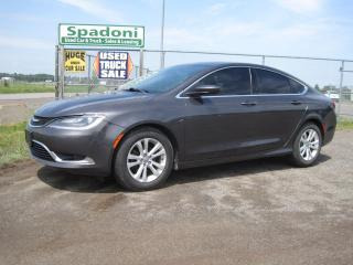 Used 2015 Chrysler 200 Limited for sale in Thunder Bay, ON