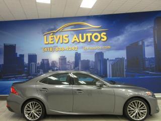 Used 2016 Lexus IS 300 AWD INTERIEUR CUIR BLUETOOTH CAMERA DE R for sale in Lévis, QC