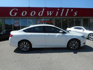 Used 2016 Chrysler 200 S! HEATED SEATS & WHEEL! REMOTE START! B/TOOTH! for sale in Aylmer, ON