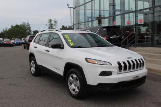 Used 2015 Jeep Cherokee SPORT 4WD MAIN LIBRE*CAMÉRA*SIÈGES CHAUF for sale in Lévis, QC