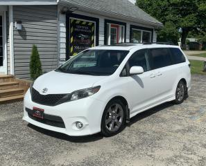 Used 2011 Toyota Sienna SE for sale in Tiny, ON