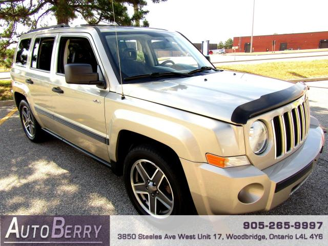 2009 Jeep Patriot SPORT - 4WD - 5 SPEED