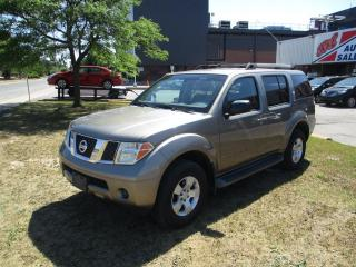 Used 2005 Nissan Pathfinder SE ~ 4x4 ~ 7 PASS. ~ LOW KM ~ SAFETY INCLUDED for sale in Toronto, ON