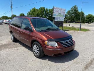 Used 2007 Chrysler Town & Country Limited for sale in Komoka, ON