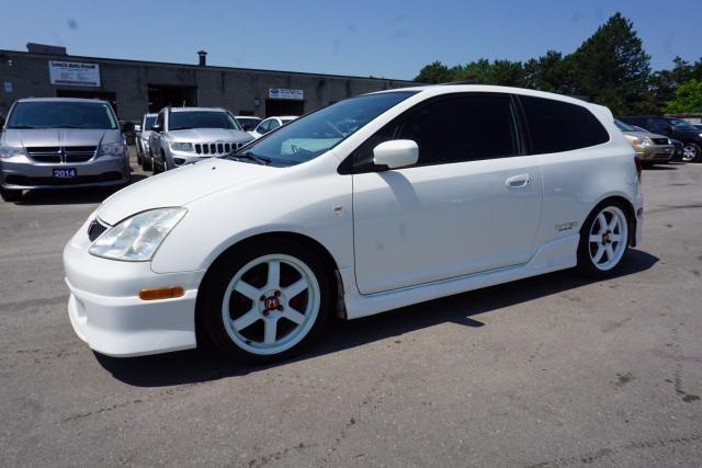 2003 Honda Civic SIR 5 SPEED 2 Sets of Wheels. Lowered, Original Suspension*MUST SEE!!!!