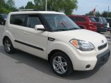 Photo of White 2011 Kia Soul