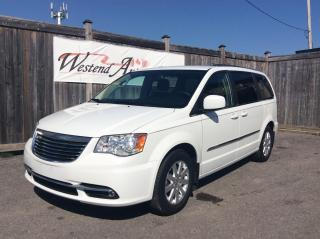 Used 2014 Chrysler Town & Country TOURING for sale in Stittsville, ON