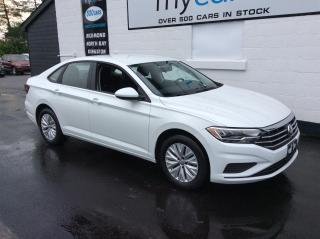 Used 2019 Volkswagen Jetta 1.4 TSI Comfortline ALLOYS, HEATED SEATS, BACKUP CAM!! for sale in North Bay, ON