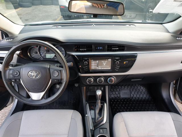 2015 Toyota Corolla LE Photo10