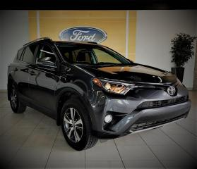 Used 2016 Toyota RAV4 XLE - TOIT - CAMERA - BAS PRIX for sale in Drummondville, QC