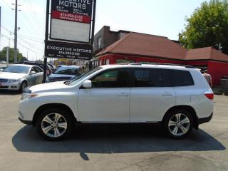 Used 2013 Toyota Highlander LIMITED /4WD/ LEATHER/ ROOF / SUPER CLEAN / MINT for sale in Scarborough, ON