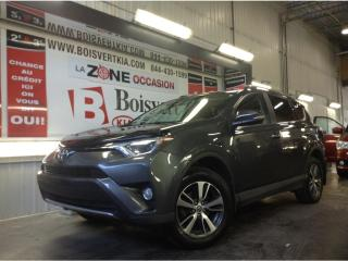 Used 2016 Toyota RAV4 RAV4 XLE AWD DÉMARREUR DISTANCE 4CYL TOIT !! for sale in Blainville, QC