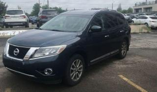 Used 2014 Nissan Pathfinder SL for sale in Scarborough, ON