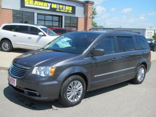 Used 2016 Chrysler Town & Country Touring-L for sale in Brockville, ON