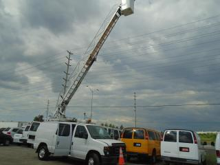 Used 2012 Ford Econoline boom bucket truck for sale in Mississauga, ON