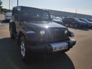 Used 2013 Jeep Wrangler SAHARA* 4X4* GPS* SIEGES CHAUFFANTS* for sale in Québec, QC