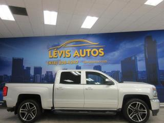 Used 2018 Chevrolet Silverado 1500 LT 5.3 LITRES V-8 CREW-CAB INTERIEUR EN for sale in Lévis, QC