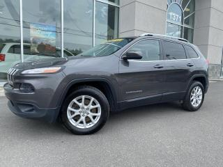 Used 2016 Jeep Cherokee 4 RM, North V6 VOLANT CHAUFFANT for sale in Ste-Agathe-des-Monts, QC