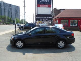 Used 2015 Volkswagen Jetta Trendline+/ SUPER CLEAN/ LOW KM / NO ACCIDENT / AC for sale in Scarborough, ON