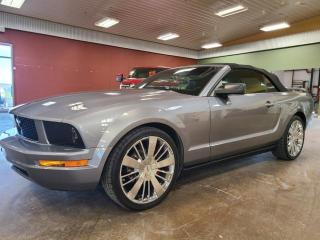 Used 2006 Ford Mustang V6 for sale in Pincher Creek, AB