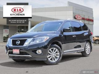 Used 2016 Nissan Pathfinder SL V6 4x4 AUTO, CARFAX CLEAN!!! for sale in Kitchener, ON
