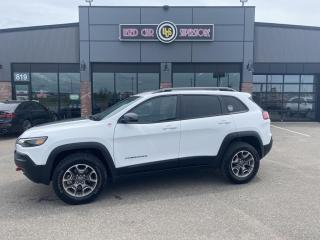 Used 2020 Jeep Cherokee Trailhawk 4X4 for sale in Thunder Bay, ON
