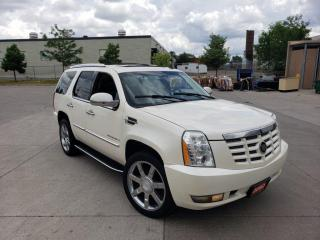 Used 2008 Cadillac Escalade 7 Pass, DVD, AWD, Sunroof, warranty available. for sale in Toronto, ON