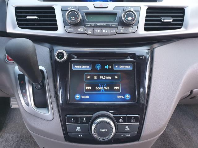 2015 Honda Odyssey EX-L w/RES Photo19